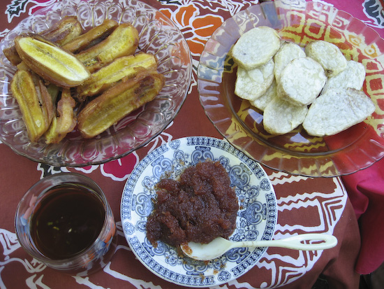 Banda Breakfast: Fried Banana, Cinnamon Tea, Nutmeg Jam, Taro. Yum.