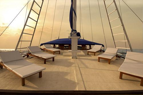 S/Y Siren Sun Deck