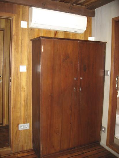 Tambora Liveaboard Double Cabin Wardrobe